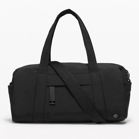 Lululemon On my Level Barrel Bag